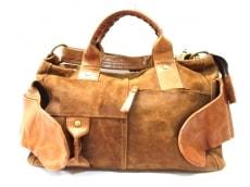コーネリアンタウラスのボストンバッグ