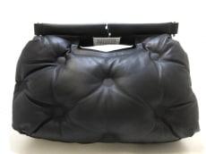 Maison Margiela(メゾンマルジェラ)のミディアムグラムスラムバッグ