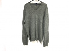 チャータークラブのセーター