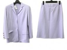 CAROLINA HERRERA(キャロリーナ ヘレラ)のスカートスーツ