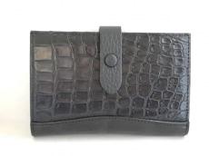 Falchi New York(ファルチ ニューヨーク)の2つ折り財布