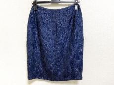 アドリエンヌヴィッタディーニのスカート