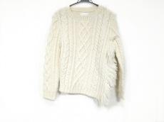 ヤストシ エズミのセーター