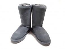 ベアパウのブーツ