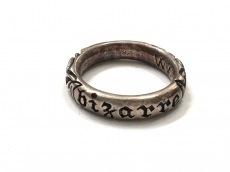 ビザールのリング