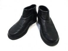 ストロバーのブーツ