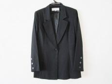 マドーレのジャケット