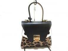ジャディスのハンドバッグ