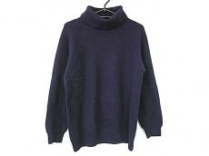 ジョンストンズのセーター