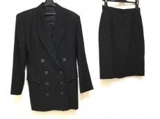 ジェイエムコレクションのスカートスーツ