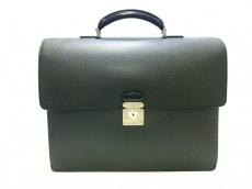 LOUIS VUITTON(ルイヴィトン)のロブスト2のビジネスバッグ