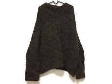 ローレンマヌージアンのセーター