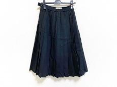 ラピーヌのスカート