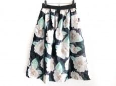 キムズブティックのスカート