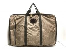 レッドウォールボルボネーゼのボストンバッグ