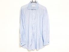 アルニスのシャツ