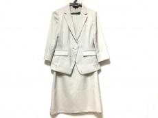 エスプリミュールのワンピーススーツ