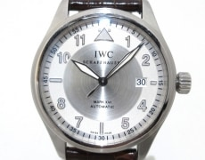 IWC(アイダブリューシー)のマーク16 スピットファイア