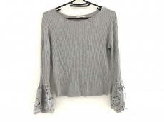 Rose Tiara(ローズティアラ)のセーター