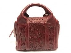 Carving Tribes(カービングトライブス)のハンドバッグ