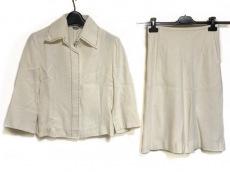 スコットクラブのスカートスーツ