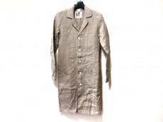 マーブルシュッドのコート