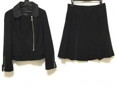 ルイヴィトンのスカートスーツ