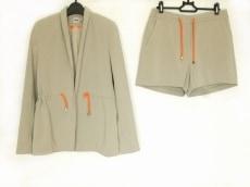 ASOS(エイソス)のレディースパンツスーツ