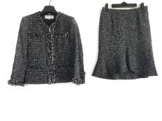 ヴァンドゥ オクトーブルのスカートスーツ