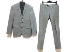 BLACKBARRETTbyNeil Barrett(ブラックバレットバイニールバレット)のレディースパンツスーツ