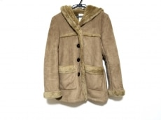 KHAJU(カージュ)のコート