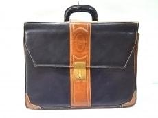 ポリーニのビジネスバッグ