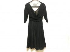ヨーコドールのドレス