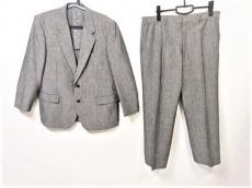 ドーメルのメンズスーツ