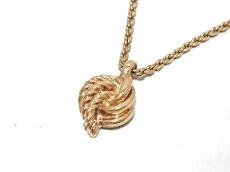 グロッセのネックレス