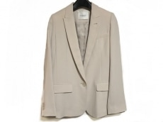 emmi(エミ)のジャケット