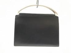 イザックのハンドバッグ