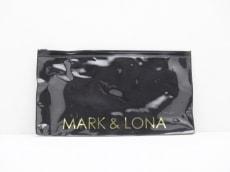 MARK&LONA(マークアンドロナ)のポーチ