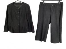 modify(モディファイ)のレディースパンツスーツ