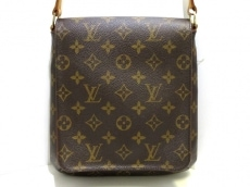 LOUIS VUITTON(ルイヴィトン)のミュゼット・サルサ ロングストラップのショルダーバッグ