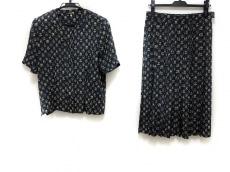 マックデイビッドのスカートセットアップ