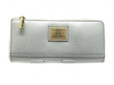 クリスタルボールの長財布