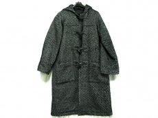 エモモナキアのコート