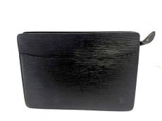 LOUIS VUITTON(ルイヴィトン)のポシェット・オムのセカンドバッグ