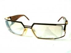 カザールのサングラス