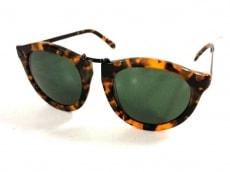 カレンウォーカーのサングラス