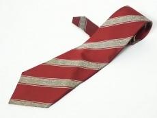 マディソンのネクタイ
