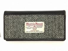ブリティッシュグリーンの長財布