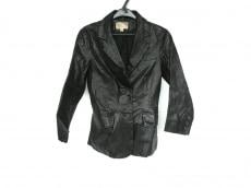 エリザベスアンドジェームスのジャケット