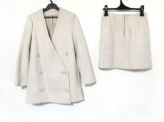 emmi(エミ)のスカートスーツ
